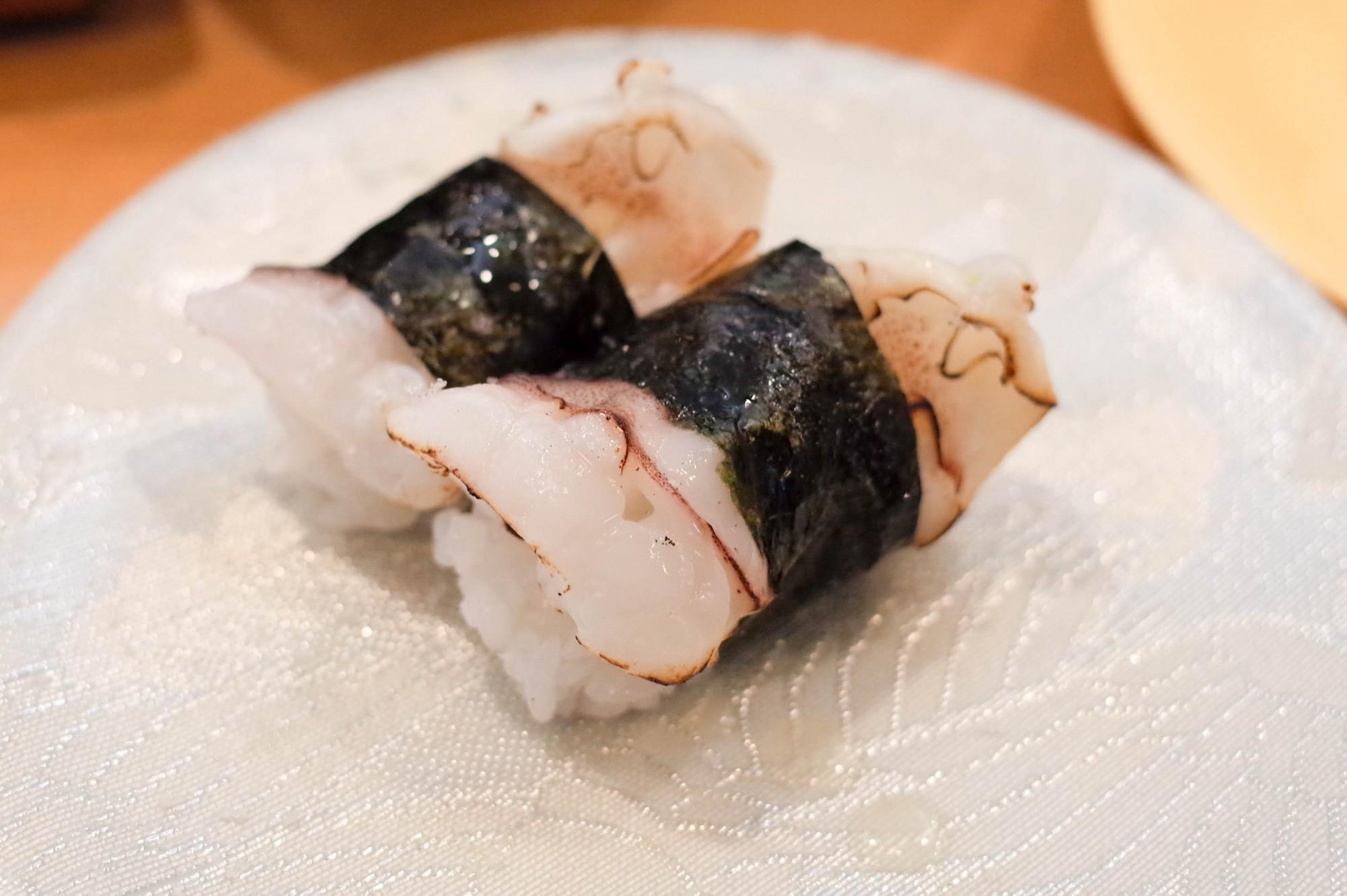 ネタが回らない回転ずし!新潟市中央区紫竹山の『名在門』でランチを食す!
