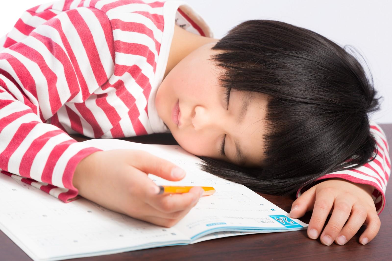 幼稚園や小学校は積極的に休ませてもいいのかもしれない。