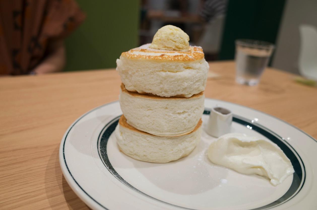 gram 新潟店(新潟市中央区米山) オープンから話題のお店でぷるしゅわプレミアムパンケーキを食べてみた!