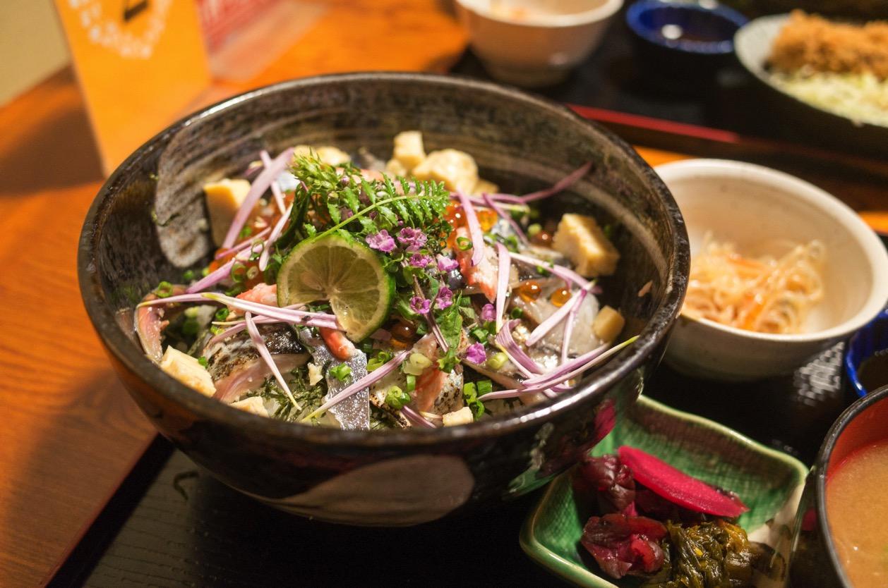 和らぎ亭 しまや(新潟市中央区南笹口)の秋刀魚豪華丼!昨年大好評のうちに終了!この時期しか食べられない逸品!