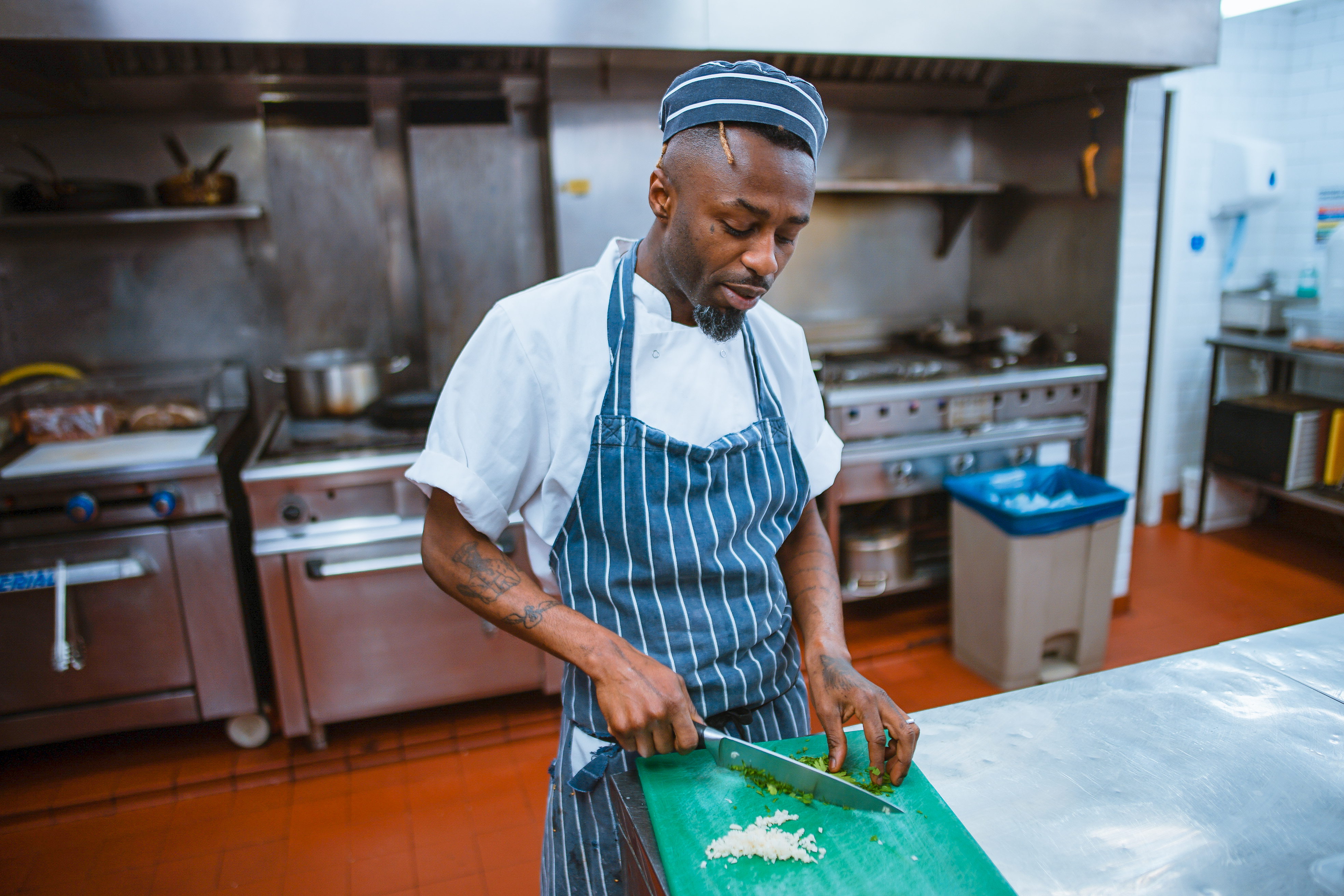 料理をしない男性はそもそも料理に対する誤解があるんじゃないだろうか。