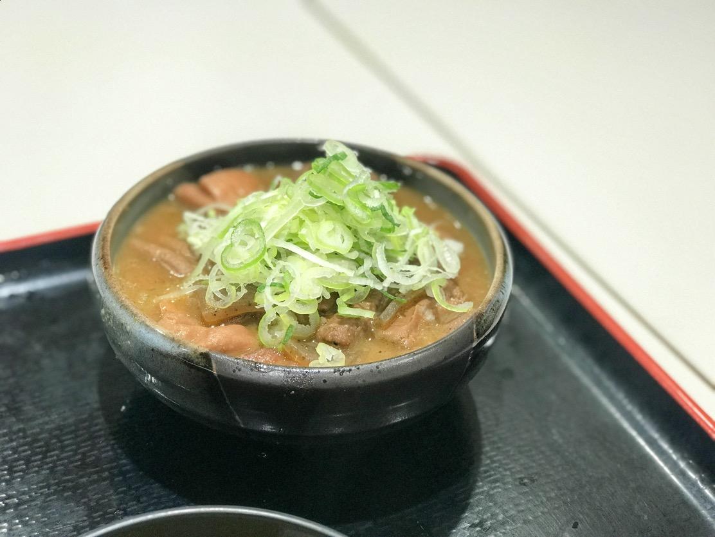 関越自動車道 谷川岳PAのもつ煮定食はサービスエリアグルメ界最強の逸品!(ぽぽ調べ)