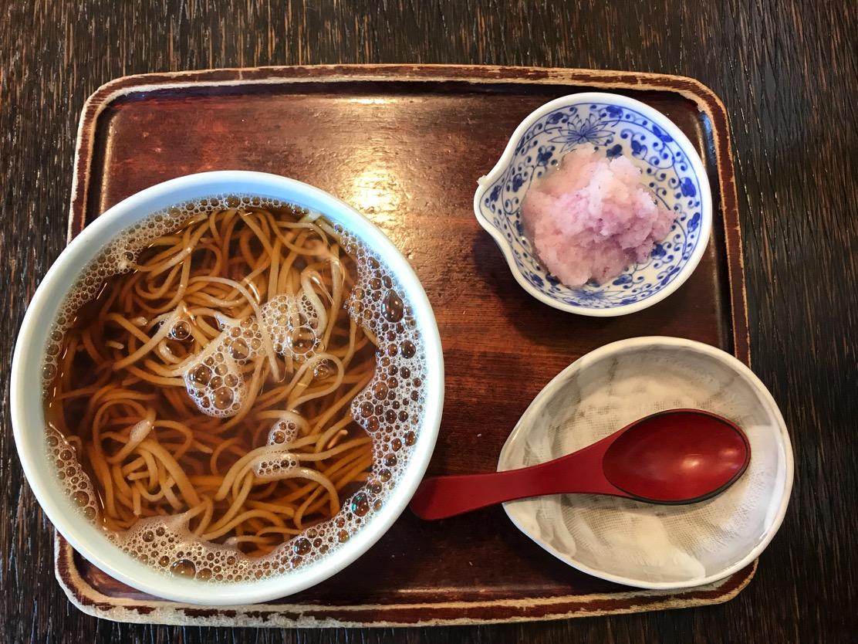 さらしなの里(新潟市中央区女池神明) ピンクの大根がアクセント。優しい味の【みぞれそば】を食す!