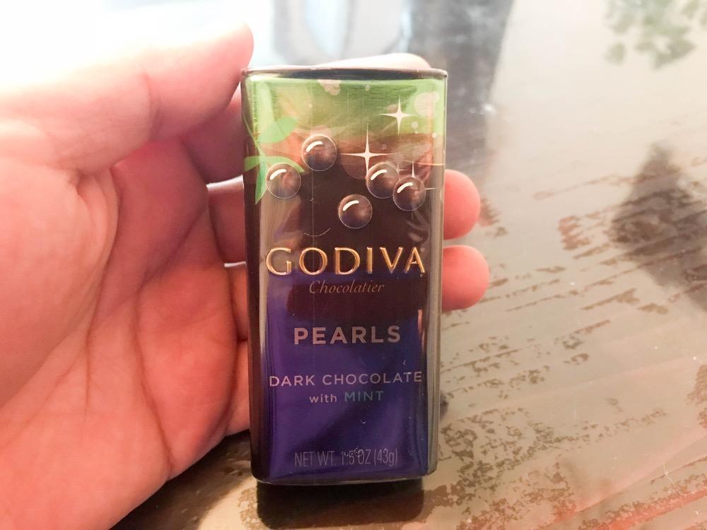 GODIVAの【パールチョコレート ミント】は小粒だけどパンチの効いたチョコミント!