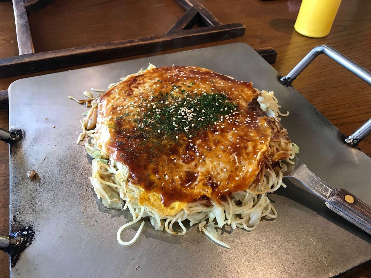 お好み焼き 柳川(広島市安佐南区伴中央) 細麺とふんわり食感で美味しくまとまっているお好み焼き!